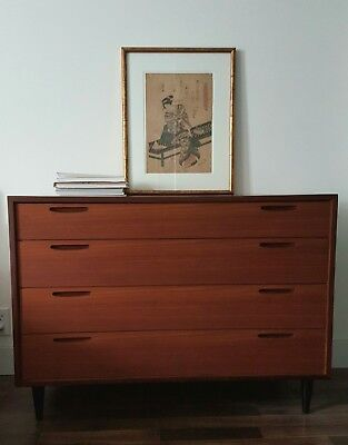 Vintage mid century modern chest of drawers
