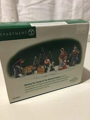 """DEPT. 56  DICKENS VILLAGE """"MEETING THE FAMILY AT THE RAILROAD STATION"""" set of 4"""
