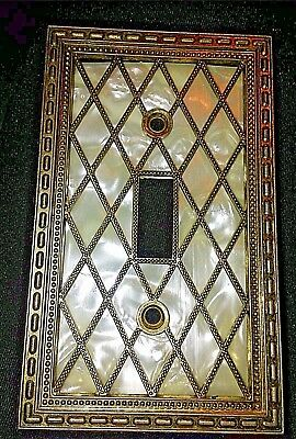 Vtg Amer. Tack & Hdwe 28T Lattice /Pearl Metal Single Toggle Plate Cover 1976