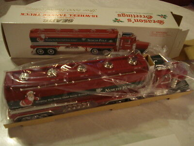 Sears North Pole Fuel Oil 18 Wheel Tanker Truck With Coin Bank 2000 Limited Ed.