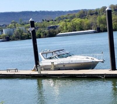 37' Boat Cruiser  Yatch, Fresh Water, Twin Gas  Engines 834 Hours,  Generator