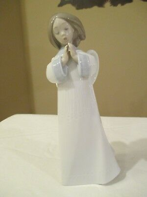 "Lladro Figurine 6789 An Angels Song 9"" Tall Mint!"