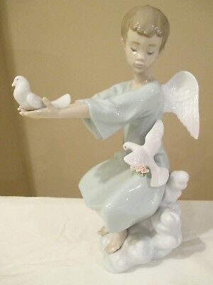 "Lladro Figurine 6146 SPRING ANGEL 9"" Tall Mint! Box but No Interior Packaging"