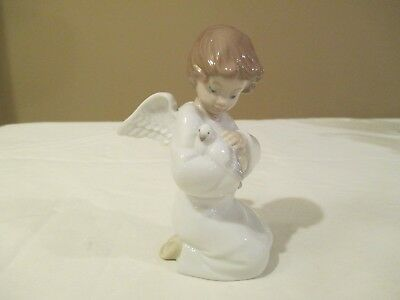 "Lladro Utopia Figurine LOVING PROTECTION Angel with Dove 5"" No Box"