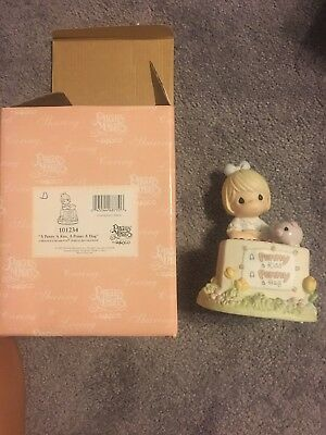 "Precious Moments ""A Penny a Kiss A Penny a Hug"" Little Girl & Piggy Bank NIB"