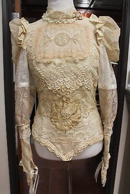 Rare Vintage collectibal unknown Lace Embroidery Dress top beautiful!