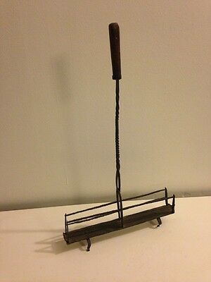 Rare18th Century Colonial American Wrought Iron Toast Rack Toaster w/Oak Handle