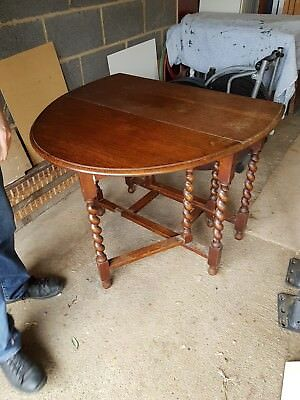solid oak 1920's gate leg table