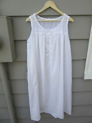 Vintage USA-Made Eileen West Cotton Nightgown, Size Large, White, Beautiful!