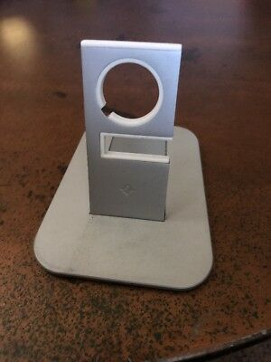 Twelve South HiRise stand for Apple Watch - Silver - Metal charging dock