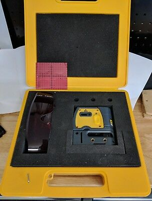 RoboToolz RoboVector Laser Level -  Laser Self Leveling Device