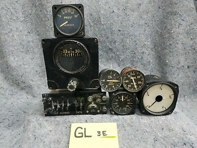 Lot of 5 Old Airplane Gauges, 1 Gyro and 1 Panel GL3E