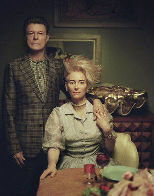 Tilda Swinton & David Bowie UNSIGNED photo - L7119 - The Stars (Are Out Tonight)