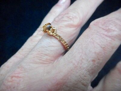 "Authentic Vintage 1980's ""S"" Chain ring w/Tiger Eye Size 8 Ring"