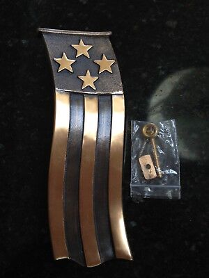 AMERICAN FLAG SOLID BRASS DOOR KNOCKER by Colby Smith - Made in USA – NEW!