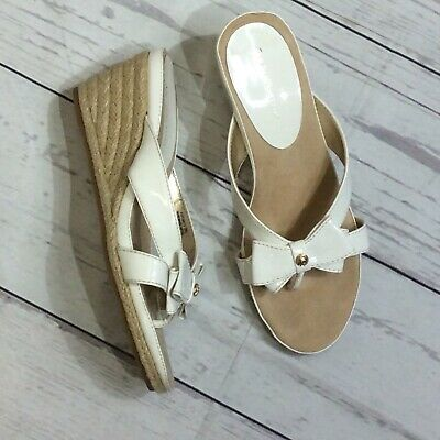 742a76405905 ANNE KLEIN THONG Wedge Sandal AK Pointy Womens White 9M Slide Shoes ...