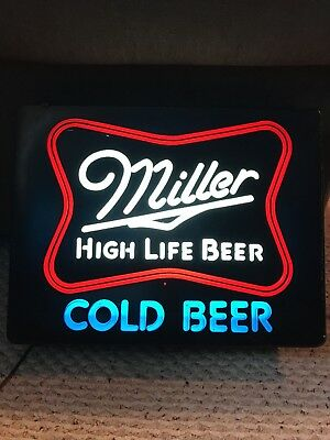 VINTAGE MILLER HIGH LIFE BEER LIGHT 1980 nice cond Man Cave Bar Decor