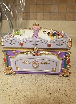 RARE DISNEY Sleeping Beauty Deluxe Music Box Jewelry Box Wonderland