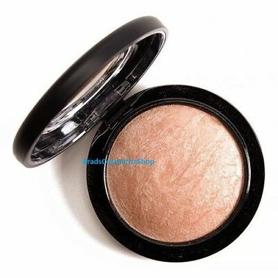 MAC Soft And Gentle Highlighter Mineralise Skin Finish Blush