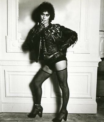 The Rocky Horror Picture Show UNSIGNED photo - L7316 - Tim Curry - NEW IMAGE!!!!