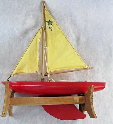 Star SY2 Yacht - Vintage Birkhead Made In England With Handmade Stand