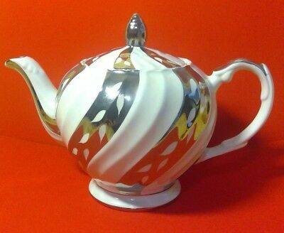 Vintage ELLGREAVE Wood & Sons English Teapot, White with Silver Swirl Design