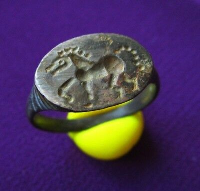 > HORSE < Ancient CELTIC BILLON STAMP RING - HORSE ENGRAVED . AMAZING