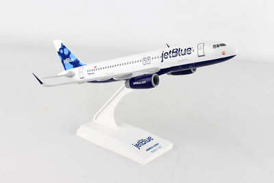 Skymarks Jetblue (Blueberries Tail) Airbus A320 1/150 Scale Model with Stand