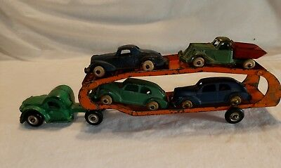 1930's ARCADE CAST IRON SMALL CAR HAULER TRUCK W/ ORIGINAL CARS VINTAGE TOY