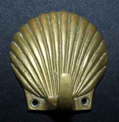 Vintage Classic BRASS Tone SCALLOP Shell Hook