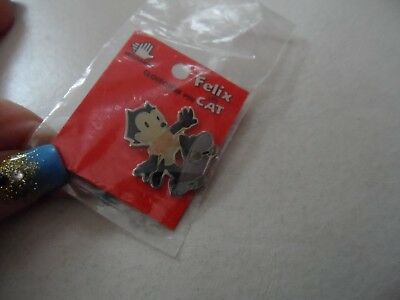 FELIX THE CAT on skateboard pin mint on card licensed 1989