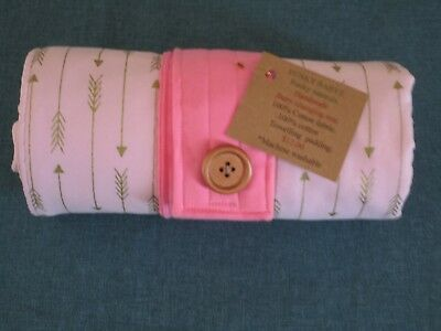 Handmade baby changing mat 100% cotton-Pink with gold arrows.