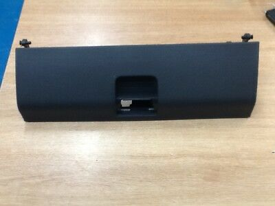 6N2857121C,genuine Volkswagen Polo Glove Box Lid   2000----2002
