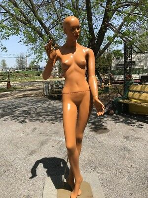 "Vtg Woman Mannequin Full Body Jointed Wood Stand 5' 8"" Exotic Looking BEAUTY"
