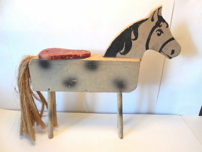 Folk Art Horse - Toy Made Prior to 1950 -- Very Nice!