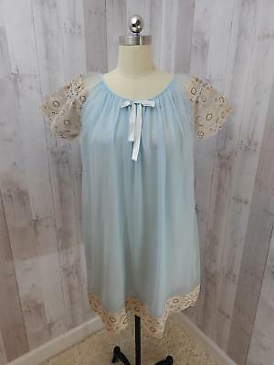 1960s Vintage NIGHTGOWN NEGLIGEE LINGERIE Ice Blue Lace Babydoll