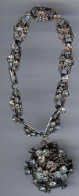 Vintage 1940's Clear Rhinestone Flowers And Dangle Bauble Bracelet