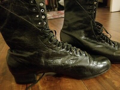 ANTIQUE / VICTORIAN WOMENS BLACK LEATHER LACE UP ANKLE BOOTS sz 9 witch goth