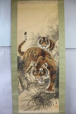 "Japanese hanging scroll ""Tiger"" with wooden box a10"