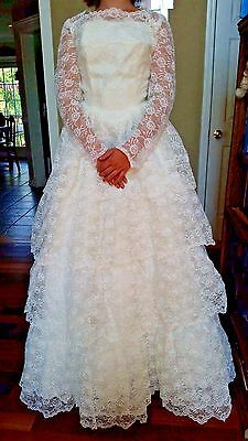 Vintage Wedding Gown Dress XXS 1960's Off White with Label Super Fine Condition