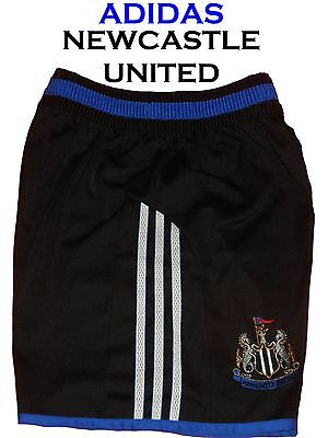 Newcastle United Home Shorts Size 28 inch