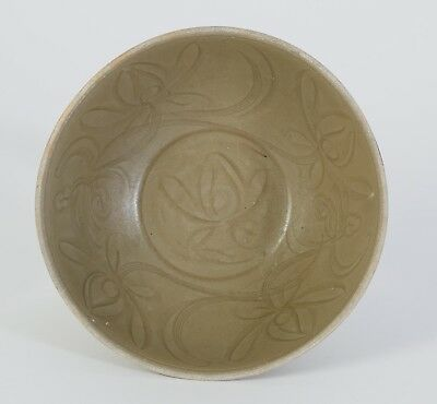 China Chinese Celadon Pottery Bowl Lotus Decor Song-Yuan Dynasty ca. 10 -13th c