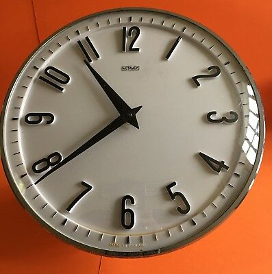 Vintage Retro Metamec Kitchen Wall Clock. Wind Up Fully Working Made In England