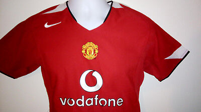 7ae40d71c6c MANCHESTER UNITED VODAPHONE 2004 06 FOOTBALL SHIRT JERSEY Size Medium Boys.