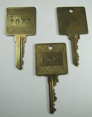 Set of 3 Old Metal Hotel Motel Resort Keys 201 1014 2077/12077 NOAG
