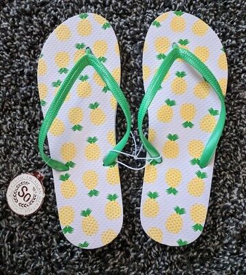 a39aedf4bd86ec NWT SO FLIP Flops White Pineapple Size Large 9 10 -  8.00