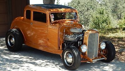 1932 Ford 5 window coupe highboy hotrod