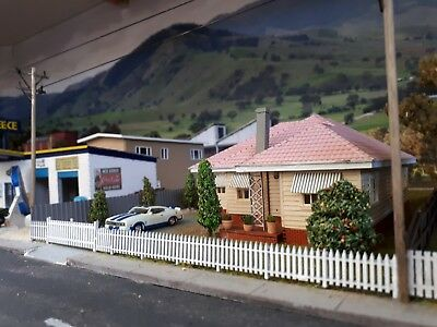 Ho 1/87 Scale 'Aussie Bungalow' building kit.