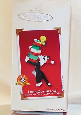 "NMIB Hallmark Keepsake ""Lookout Below"" Sylvester And Tweety Christmas Ornament"