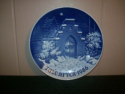 Signed  Copenhagen Christmas Plate 1986 Silent Night, Holy Night  B&G